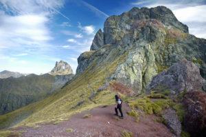 Collado junto a la cima del Pico Anayet
